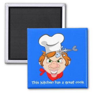 Deze keuken heeft een groot kok magneet