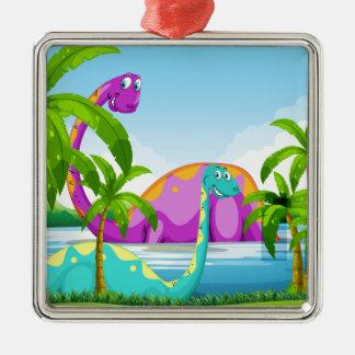 Dinosaurus die pret in het meer hebben zilverkleurig vierkant ornament