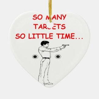 doel shootng keramisch hart ornament