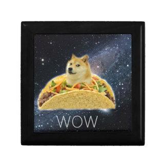 doge ruimtetaco meme decoratiedoosje