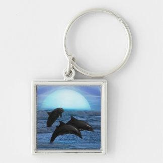 Dolfijnen die bij maanlicht spelen zilverkleurige vierkante sleutelhanger