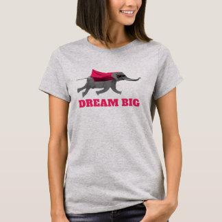 Dream big Flying olifant T Shirt