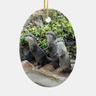 Drie Wijze Otters van de Status, Keramisch Ovaal Ornament
