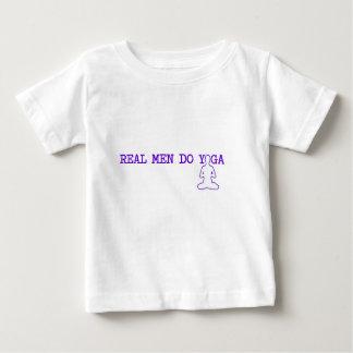 echte men do yoga baby t shirts