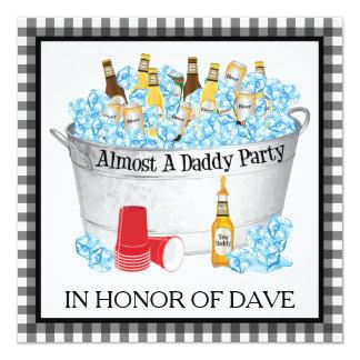 Een bijna Partij van het Bier van het Baby shower 13,3x13,3 Vierkante Uitnodiging Kaart