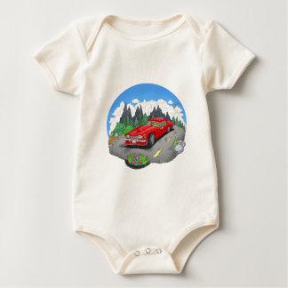 Een cartoonillustratie van een auto baby shirt