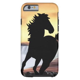 Een een paardsilhouet en waterval tough iPhone 6 hoesje