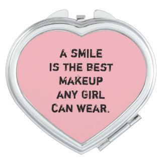 Een glimlach is de beste Make-up om het even welk Make-up Spiegeltjes