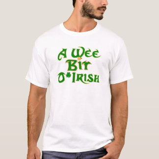 Een heel klein Ontwerp van de Dag van O'Irish St. T Shirt