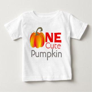 Één Leuke Grappige Herfst Grafisch van de Pompoen Baby T Shirts