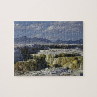 Een minerale stroom in Yellowstone. Puzzel