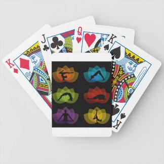 Een reeks yoga en meditatiesymbolen pak kaarten