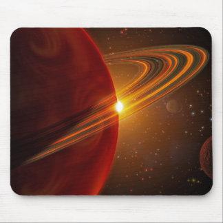 Een reuzeplaneet die zon-als ster 79 Ce cirkelen Muismat