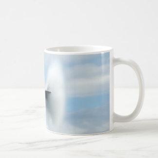 Een supersone knal koffiemok