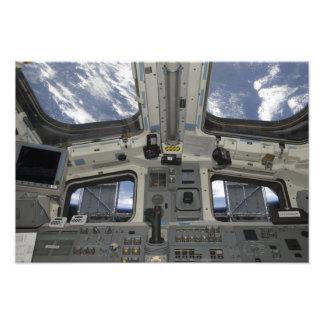Een uitzicht van binnenuit het vluchtdek foto