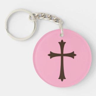 Elegant bruin kruis op roze eenvoudige modieus sleutelhanger