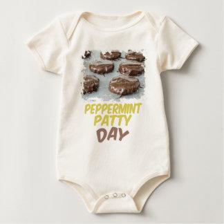 Eleven Februari - de Dag van het Pasteitje van de Baby Shirt