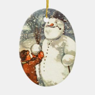 Estlandse Jongen met het Ornament van de Kerstboom