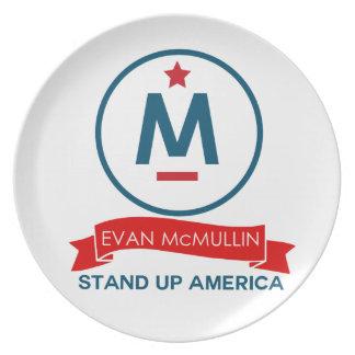 Evan McMullin - Tribune op Amerika! Borden