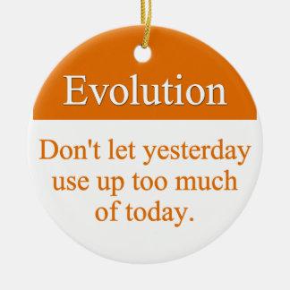 Evolueer voorbij gisteren rond keramisch ornament
