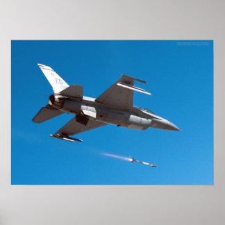 F-16 de Raket van het Vuren van de Valk Poster