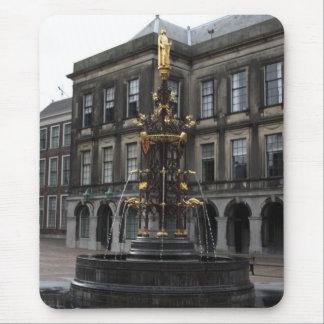Fontein in Binnenhof Muismat