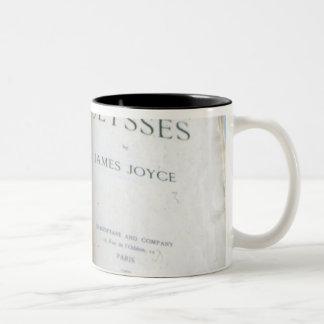 "Frontispice van ""Ulysses"" door James Joyce Tweekleurige Koffiemok"