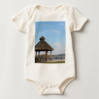 Gazebo over Meer Baby Shirt