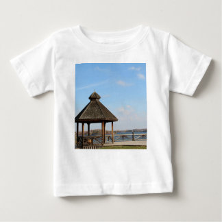 Gazebo over Meer Baby T Shirts