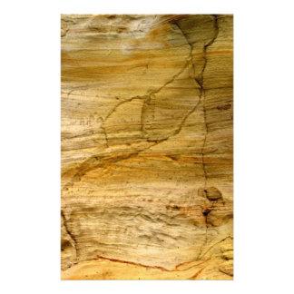 Gebarsten steen briefpapier