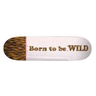 Geboren het wilde | Citaat & de Strepen van Skate Deck