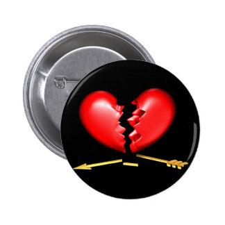 Gebroken hart met gebroken gouden pijl ronde button 5,7 cm