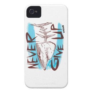 geef nooit grote witte haai grappige cartoon op iPhone 4 hoesje