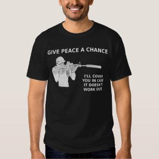 Geef Vrede een Kans, zal ik u omvatten Tshirt