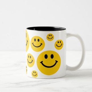 Geel Gezicht Smiley Tweekleurige Koffiemok