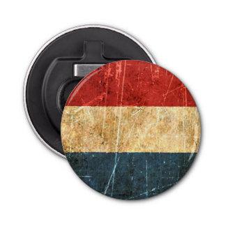 Gekraste en Versleten Vintage Nederlandse Vlag Button Flesopener