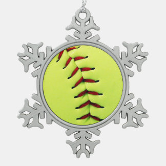 Gele softballbal tin sneeuwvlok ornament