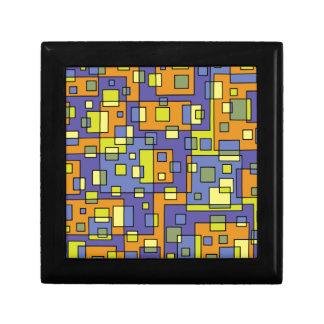 Gele vierkantenachtergrond decoratiedoosje