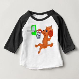 Gelukkig Basketbal door Happy Juul Company Baby T Shirts