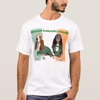 Gelukkige St. Patricks Basset van de Dag T Shirt