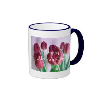 Gelukkige Tulpen I van Rosey van het Moederdag Mok Gekleurder Rand En Oor