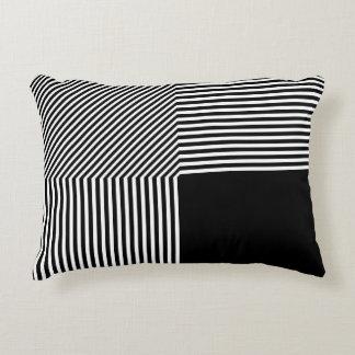 Geometrische zwart-witte abstractie, accent kussen