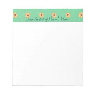 Gepersonaliseerde Gele Daisy Border Notepads Notitieblok