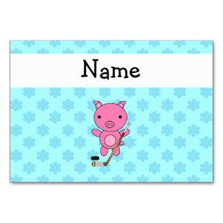 Gepersonaliseerde het varkens blauwe sneeuwvlokken kaart