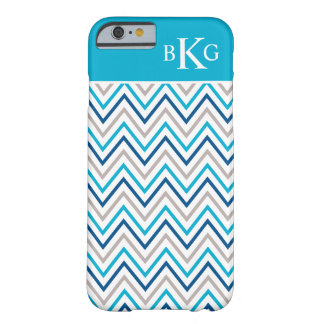 Gepersonaliseerde Monogram van de Chevron van Aqua Barely There iPhone 6 Hoesje