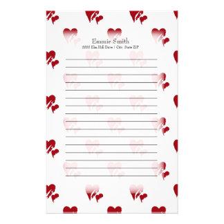 Gepersonaliseerde Rode Harten op Wit Briefpapier