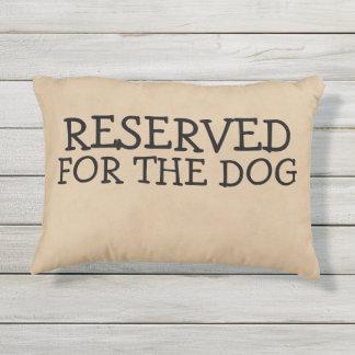 Gereserveerd voor de Nieuwigheid van de Hond Buitenkussen