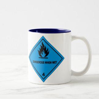Gevaarlijk wanneer nat tweekleurige koffiemok