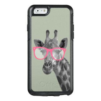 Giraf met het Roze Hoesje van de Telefoon van