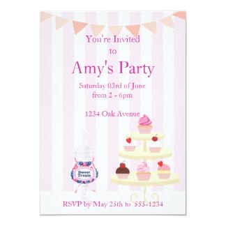 Girly Cupcakes en de Uitnodiging van de Verjaardag